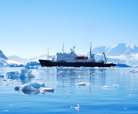 Polar Pioneer - Arctic Ship